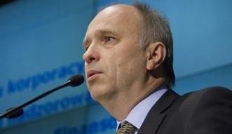 KNF zaleca dw�m bankom popraw� wska�nik�w