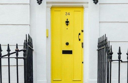 Bierzesz kredyt hipoteczny? Musisz wiedzieć, jak działa cesja polisy