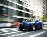 Mazda CX-5 sfilmowana podczas jazdy