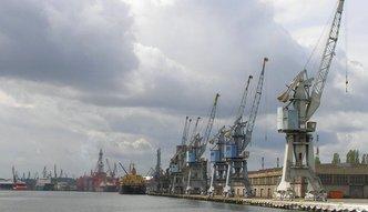 Minister og�asza ratunek dla polskiej stoczni