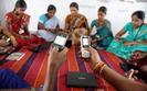 W Indiach ju� ponad miliard ludzi korzysta z mobilnego internetu