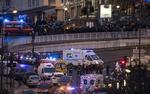 Zamachowcy z Pary�a zgin�li w akcji antyterroryst�w. Czterech zak�adnik�w nie �yje