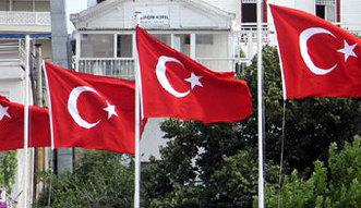 Trz�sienie na rynkach po wyborach w Turcji