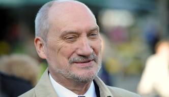 Macierewicz: producent caracali nie jest gotów zgodzić się na warunki offsetowe