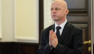 """Minister finans�w odwo�any. Morawiecki """"superministrem"""""""