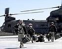 Cia�o zabitego w Afganistanie polskiego �o�nierza jest ju� w kraju