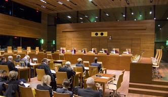 Podatek VAT w Polsce. Trybuna� Sprawiedliwo�ci stwierdzi� z�amanie prawa