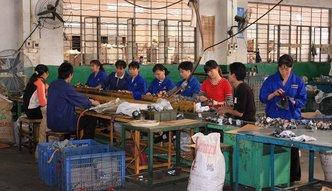 Koniec z wyzyskiem w azjatyckich fabrykach ubrań. Unia interweniuje