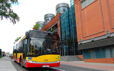 Solaris wynajmie 40 autobusów Łodzi