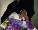 Wiadomo�ci: Fa�szerze w Wersalu. 250 tysi�cy euro strat