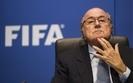 Korupcja w FIFA. �ap�wki na sto milion�w dolar�w