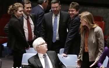 Wojna o Krym. Moskwa ostrzega Zach�d przed konfrontacj� i zawetowa�a rezolucj� ONZ