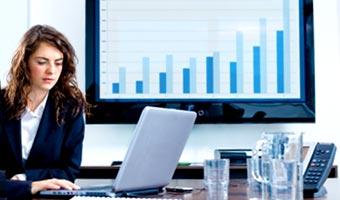 Internauci szukają pracy w marketingu i PR