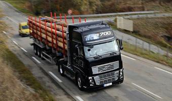 Inspekcja drogowa: zakaz ruchu ciężarówek w czwartek