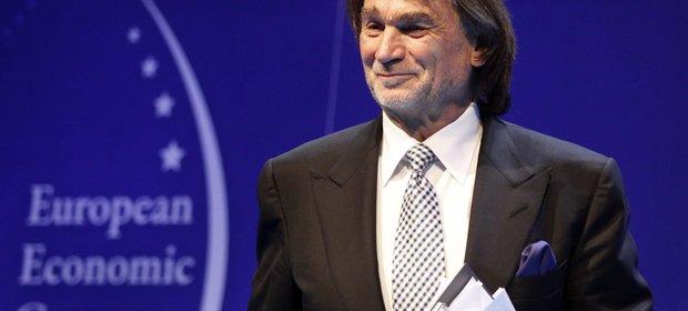 """Jan Kluczyk podczas debaty """"Go global! Świat, Europa, Afryka"""" w 2013 roku."""