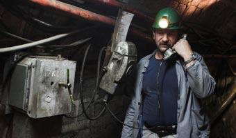 Młodzi górnicy zadowoleni z pracy w kopalniach