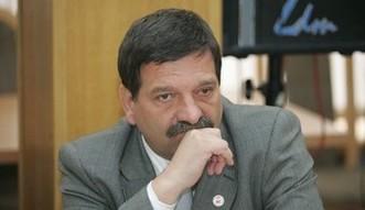 J.�niadek (PiS): mam nadziej� na ni�szy wiek emerytalny od nowego roku
