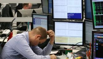 Analitycy ostrzegają przed inwestowaniem w akcje banków z kredytami frankowymi