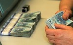 Kredyty ze wsparciem dla firm. Zobacz raport