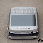 BlackBerry-Q10-BlackBerry-Classic-Devices-Stacked-Top-2