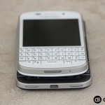 BlackBerry-Q10-BlackBerry-Classic-Devices-Stacked-Top