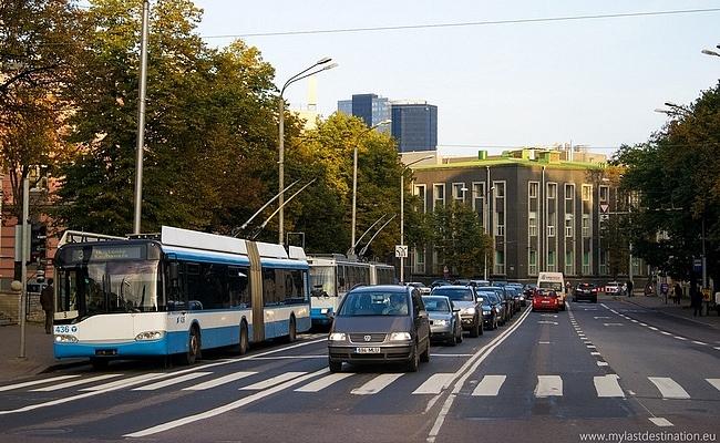 W Tallinnie po wprowadzeniu bezpłatnej komunikacji liczba pasażerów wzrosła tylko o 1,2 procenta.