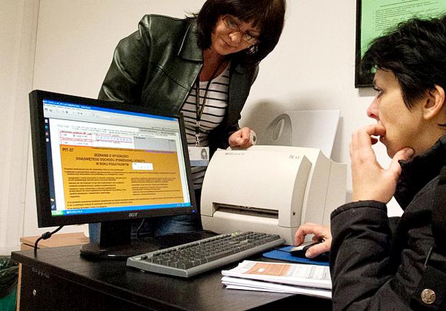 Z e-deklaracji w zeszłym roku skorzystało prawie 4 mln podatników.