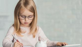 PIT 2016. Dochody małoletnich dzieci. Jak rozliczyć i kiedy złożyć osobną deklarację?