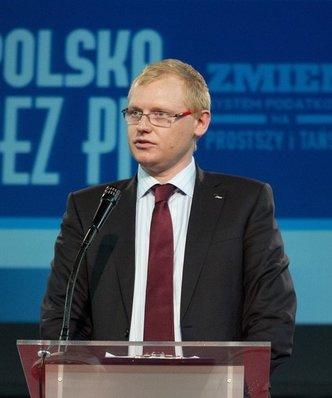 Z Polski wyciekło 540 mld zł zarobionych przez wielkie firmy. Resort finansów ujawnia dane