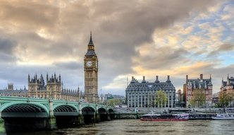 """""""The Times"""": EBI wstrzymał finansowanie inwestycji w W. Brytanii. Element nacisku?"""