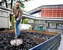 """Wiadomości: Wyliczyli, że każdy z nas dołożył 239 zł do węgla. """"Tendencyjny raport"""" grzmią górnicy"""