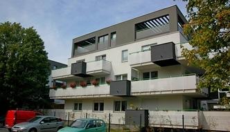 Mieszkanie+ nie uderzy w deweloperów i właścicieli, a może powstrzymać emigrację Polaków