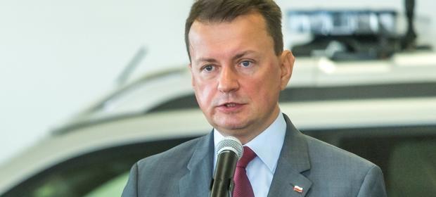 Od 1 stycznia 2018 r. nastąpi podwyżka uposażeń strażaków - mówi minister Mariusz Błaszczak.