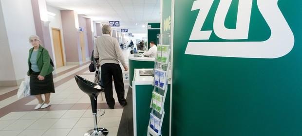 Od 1 października prawo do emerytury zyska ponad 330 tys. osób