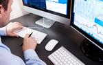 Co pracownik uruchamia na firmowym komputerze?
