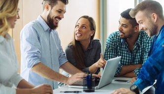 Pracownicy zostaną współwłaścicielami firm? Resort rozwoju chce wspierać akcjonariat pracowniczy