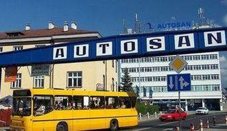 Fiasko przetargu na autobusy dla MON. 20 minut opóźnienia warte 30 mln zł