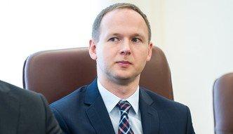 Nowy szef KNF, stare problemy. Poważne wyzwania przed Chrzanowskim