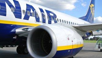 Umiesz pływać i mówisz po angielsku? Ryanair oferuje Polakom 1400 euro i bonusy
