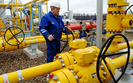 PGNiG nie zrezygnuje z umów z Gazpromem. Tylko krótkie kontrakty