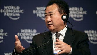 Najbogatszy Chińczyk wyprzedaje część imperium, by spłacić długi. Twierdzi, że jego firma ma się dobrze
