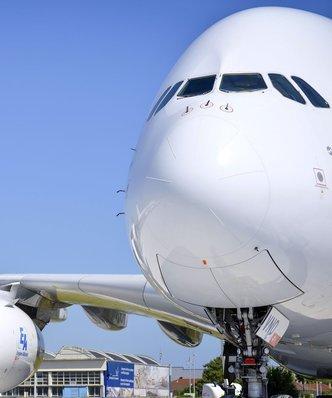 Rynek lotniczy nie chce wielkich maszyn. Airbus tnie produkcję superjumbo A380 do zaledwie 8 sztuk rocznie