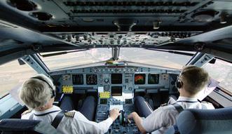 Pracy dla pilotów i pracowników obsługi technicznej będzie więcej. Boeing podnosi prognozy
