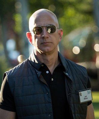 Łatwo przyszło, łatwo poszło. Jeff Bezos był najbogatszym człowiekiem na świecie tylko przez kilka godzin