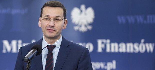 Minister Finansów Mateusz Morawiecki ogłasza nadwyżkę budżetową po sierpniu.