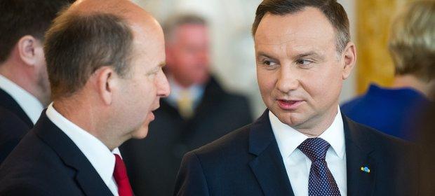 Minister zdrowia Konstanty Radziwiłł i prezydent Andrzej Duda