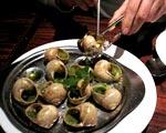 Podlaskie:  Zebrano blisko 50 ton ślimaków winniczków