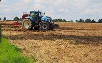Sprzedawcy maszyn rolniczych chcą dla siebie wyjątku w zakazie handlu w niedzielę. Ostrzegają przed gniewem wsi