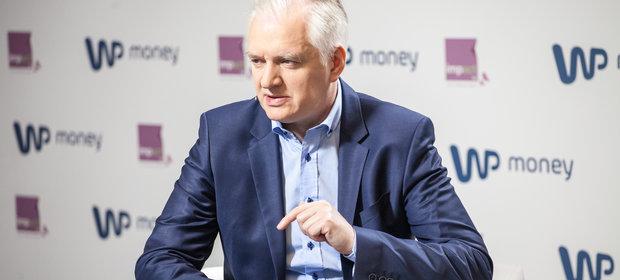 Resort Jarosława Gowina chce dawać każdemu doktorantowi 2 tysiące złotych.