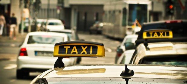 Czy pasażerowie z autobusów przesiądą się do taksówek?